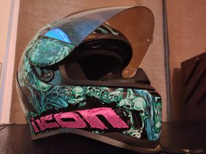 Icon airform PARAHUMAN Helmet size M for Sale in Torrance, CA