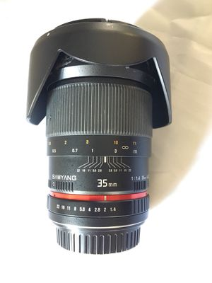 Canon f1.4 35mm Prime Lens (Samyang Brand) - GREAT CONDITION! for Sale in Arlington Heights, IL