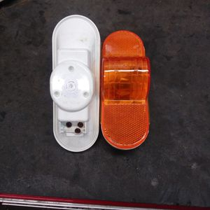"""4"""" Oval Amber Turn / Tail / Stop Light for Sale in Roy, WA"""