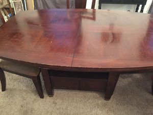 Kitchen table and 4 chairs for Sale in Peoria, IL