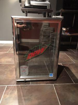 Commercial mini fridge for Sale in Burbank, IL