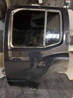 2006 Nissan Xterra rear driver side Door for Sale in High Point, NC