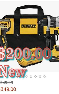 Dewalt 20 Volt MAX-XR POWER Detect Combo Kit for Sale in Vancouver,  WA