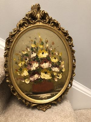 "Knife flower oil painting signed in an antique gold leaf wooden frame 17""X12"" for Sale in Gainesville, VA"