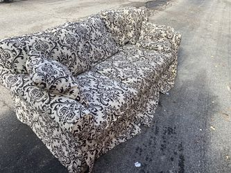Arhaus sleeper sofa *delivery available for Sale in Dublin,  OH