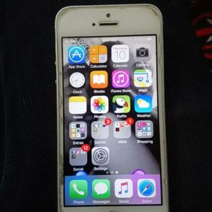 iPhone 5 unlocked for Sale in Downey, CA