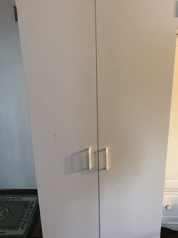 Cabinet for Sale in Snohomish,  WA