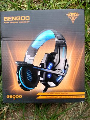 Gaming headset usb and aux for Sale in Toledo, OH