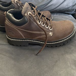 Womens Skechers Work Boots - Size 7.5 for Sale in Ruther Glen, VA