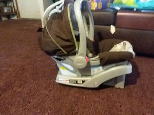 Graco car seats 40 obo for Sale in Meridianville, AL