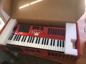 Akai Max49 midi keyboard for Sale in Glendale, CA