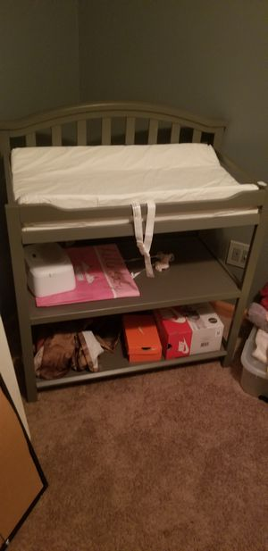 Changing table like new only used handful of times for Sale in North Tonawanda, NY
