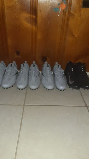 3 pairs nike vpr soccer shoes 1 pair nike alpha menace elite for Sale in Baltimore, MD