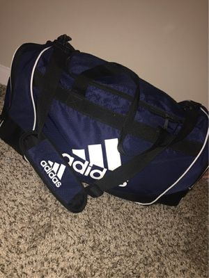 Adidas duffle bag for Sale in Fairview, TX