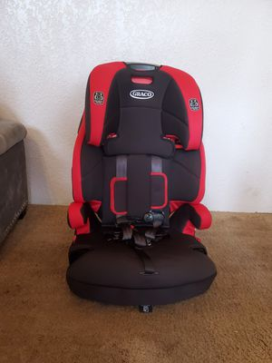Graco Wayz 3 in 1 Harness Booster Car Seat for Sale in Federal Way, WA