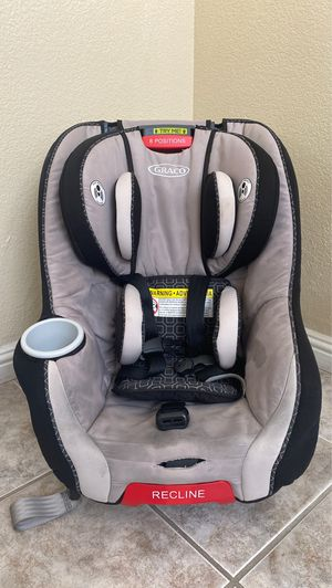 Graco Convertible Car Seat 4 - 65 lbs for Sale in Las Vegas, NV