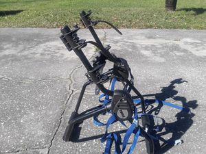 Thule 2 bike bicycle rack like new for Sale in Wesley Chapel, FL