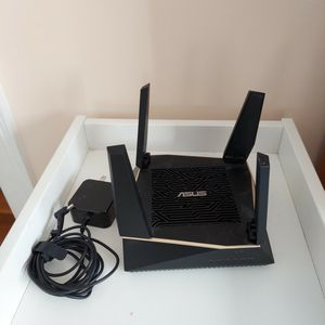 Asus RT-AX92U AX6100 Tri-band Wireless Router for Sale in Boston, MA