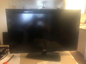 32 inch LG TV for Sale in Phoenix, AZ