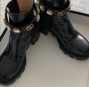 Gucci boots for Sale in Elk Grove Village, IL