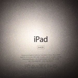 64 gig Apple iPad for Sale in Quincy, IL