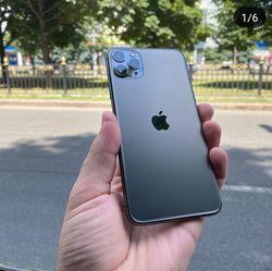 Iphone11 pro max, unlocked for Sale in Leavenworth,  WA
