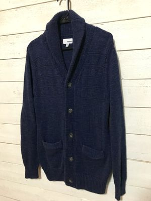 Woman's medium navy sweater for Sale in Federal Way, WA
