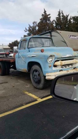 56 Chevy 6400 Flatbed for Sale in O'Fallon, MO