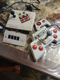 Nintendo Nes Controls Trade For 64 for Sale in Dinuba,  CA