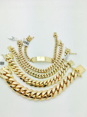 Cuban link bracelet/chain for Sale in Woodstock, GA