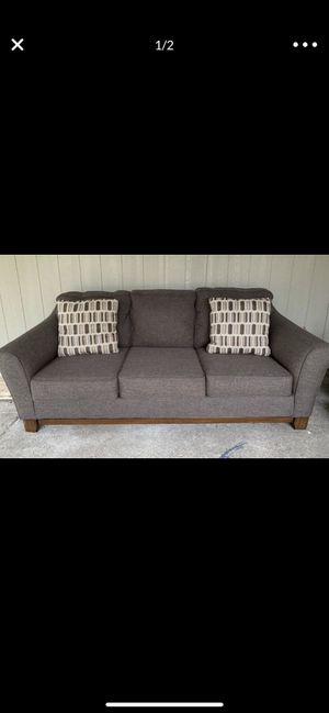 Couch for sale for Sale in Lakewood, WA