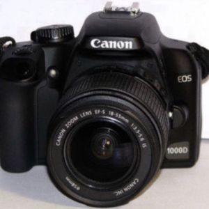 Canon SLR 1000D for Sale in Glendale, CA
