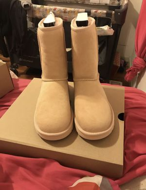 BRAND NEW UGG BOOTS!! for Sale in St. Louis, MO