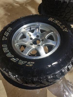 5 lug trailer tire for Sale in Mesa, AZ