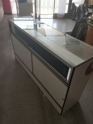 Display case for Sale in Los Angeles, CA