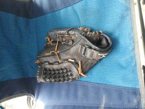 Mizuno Baseball GLOVE for Sale in City of Industry, CA