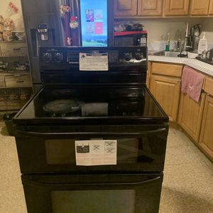 Stove/oven for Sale in Waterbury, CT