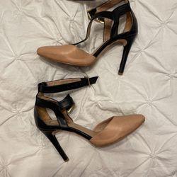 Pink And Black Heels for Sale in Weslaco,  TX