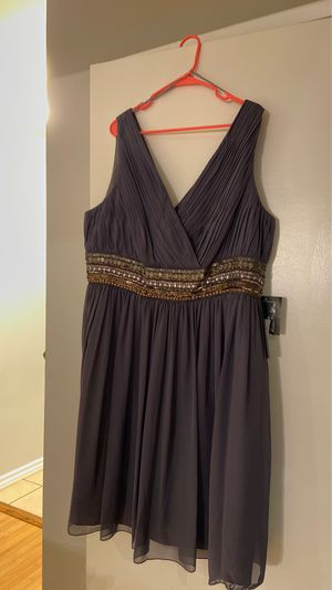 Grey evening Dress for special occasion for Sale in West Covina, CA
