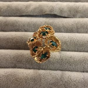 Gold /925 Green Stone Cluster Ring for Sale in Glen Burnie, MD
