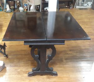 PAINE FURNITURE CO. BOSTON MASS. MAHOGANY EXPANDABLE GAME TABLE for Sale in Bridgewater, MA