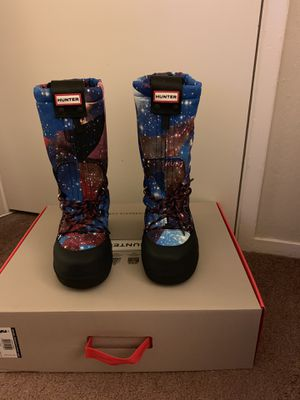 100% Authentic Brand New in Box Hunter Original Space Camo Snow Boots / Color: Midnight Blue / Women US Size 6 (EU 37) for Sale in Pleasant Hill, CA