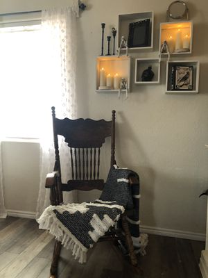 Antique Rocking Chair for Sale in Monrovia, CA