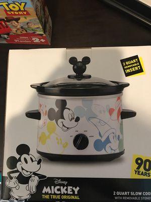 MICKEY 2 quart slow cooker crock pot BRAND NEW for Sale in Phoenix, AZ