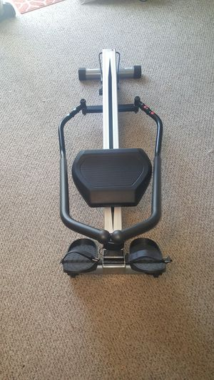 Sunny Health & Fitness Incline Full Motion Rowing Machine Rower with 350 lb Weight Capacity and LCD Monitor for Sale in Johnson City, TN