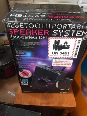 Portable Bluetooth speaker for Sale in Cleveland, OH