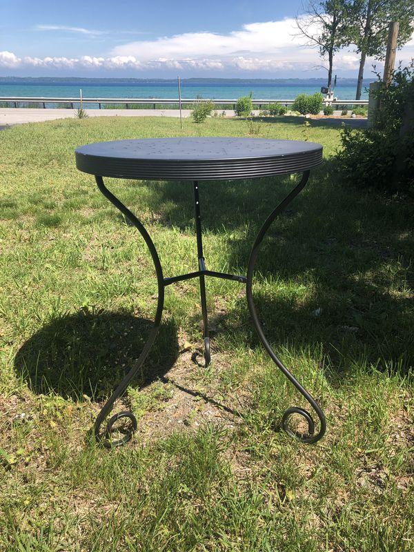 Black iron cafe table