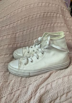 converse white (size:1 ) all star for Sale in Campbell, CA