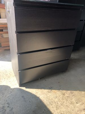 IKEA malm 4 drawer dresser for Sale in Daly City, CA