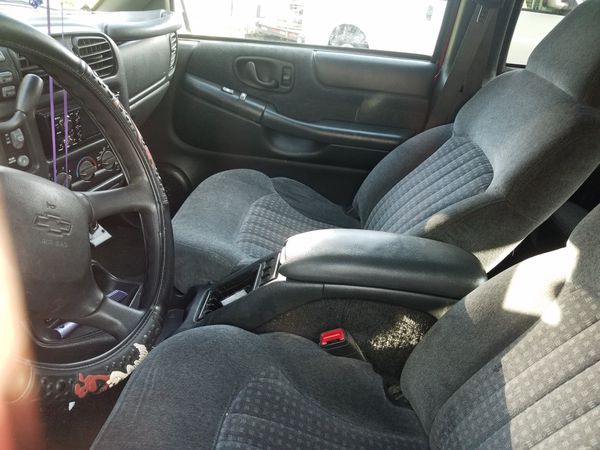 2000 Chevrolet ( Chevy ) Blazer 4WD. 4 door s10 style- Will not sell for less than asking pricd.